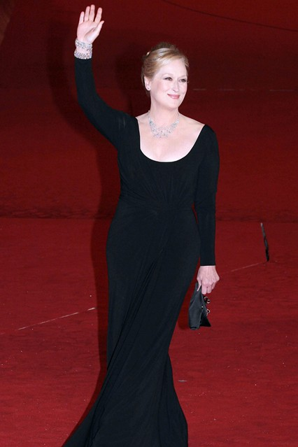 MStreep9 V 11jan12 pa b 426x639 The Personal Style of Meryl Streep