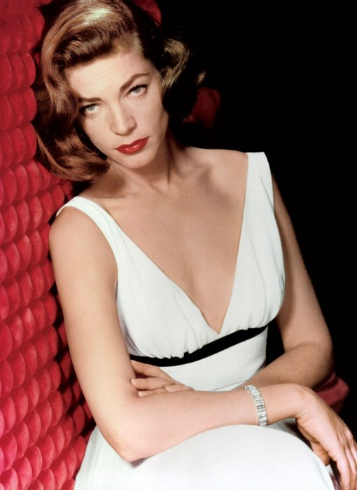 item3.rendition.slideshowWideVertical.ss04 lauren bacall icons of style Lauren Bacall Style Icon
