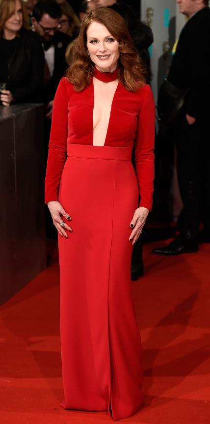 020815 BAFTA julianne moore Outdated, Old Fashioned Style Rule